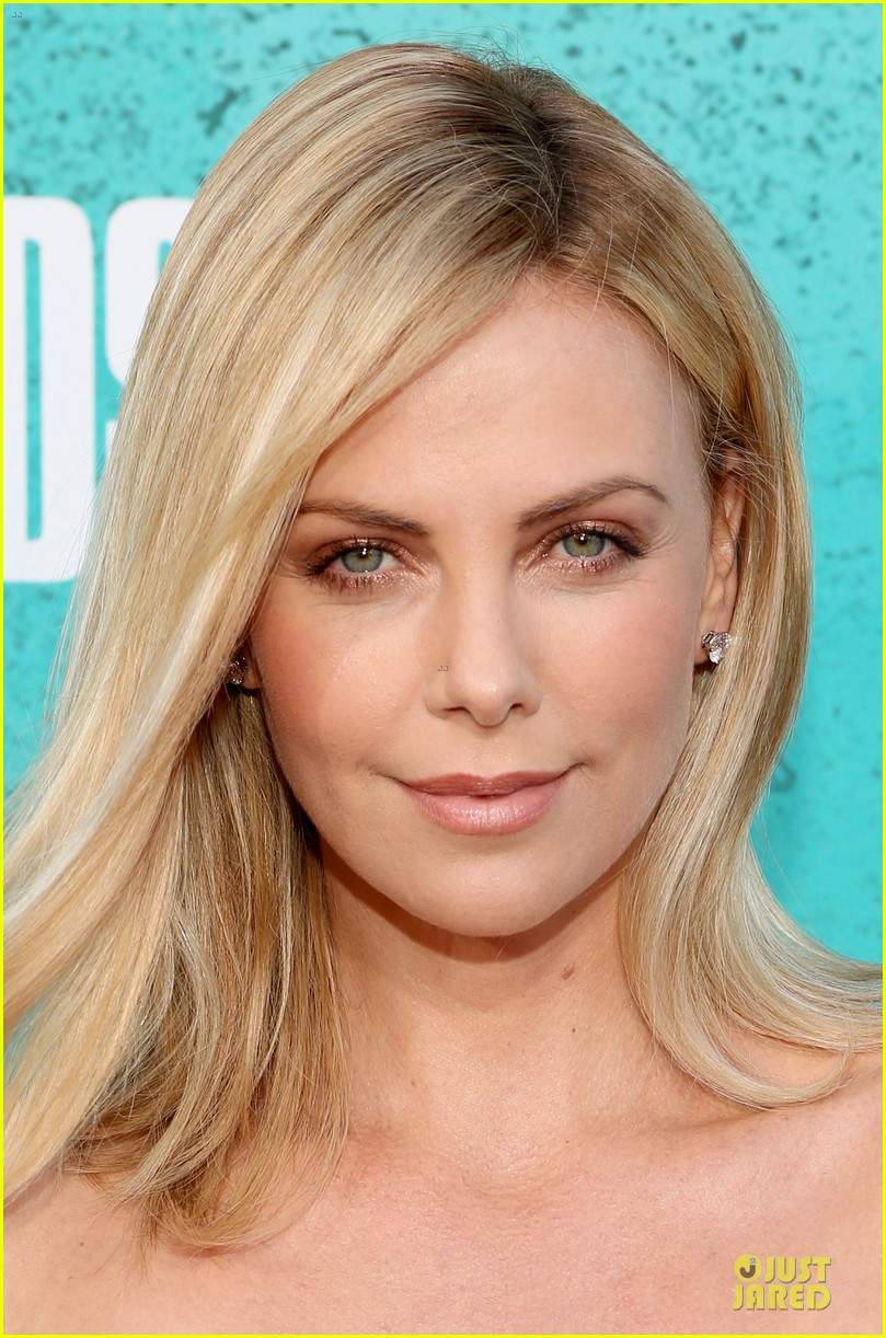 charlize theron mtv movie awards 2012 07