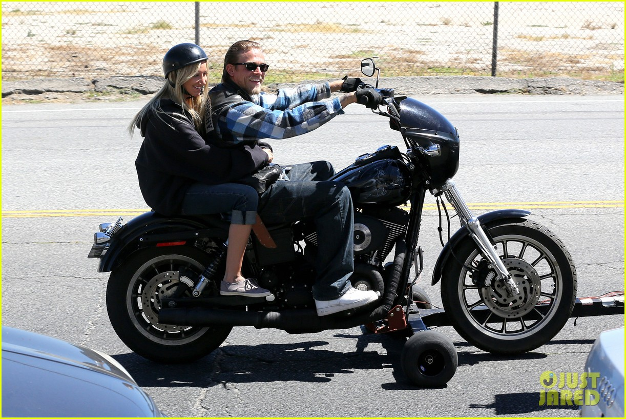 ashley tisdale charlie hunnam sons of anarchy 09