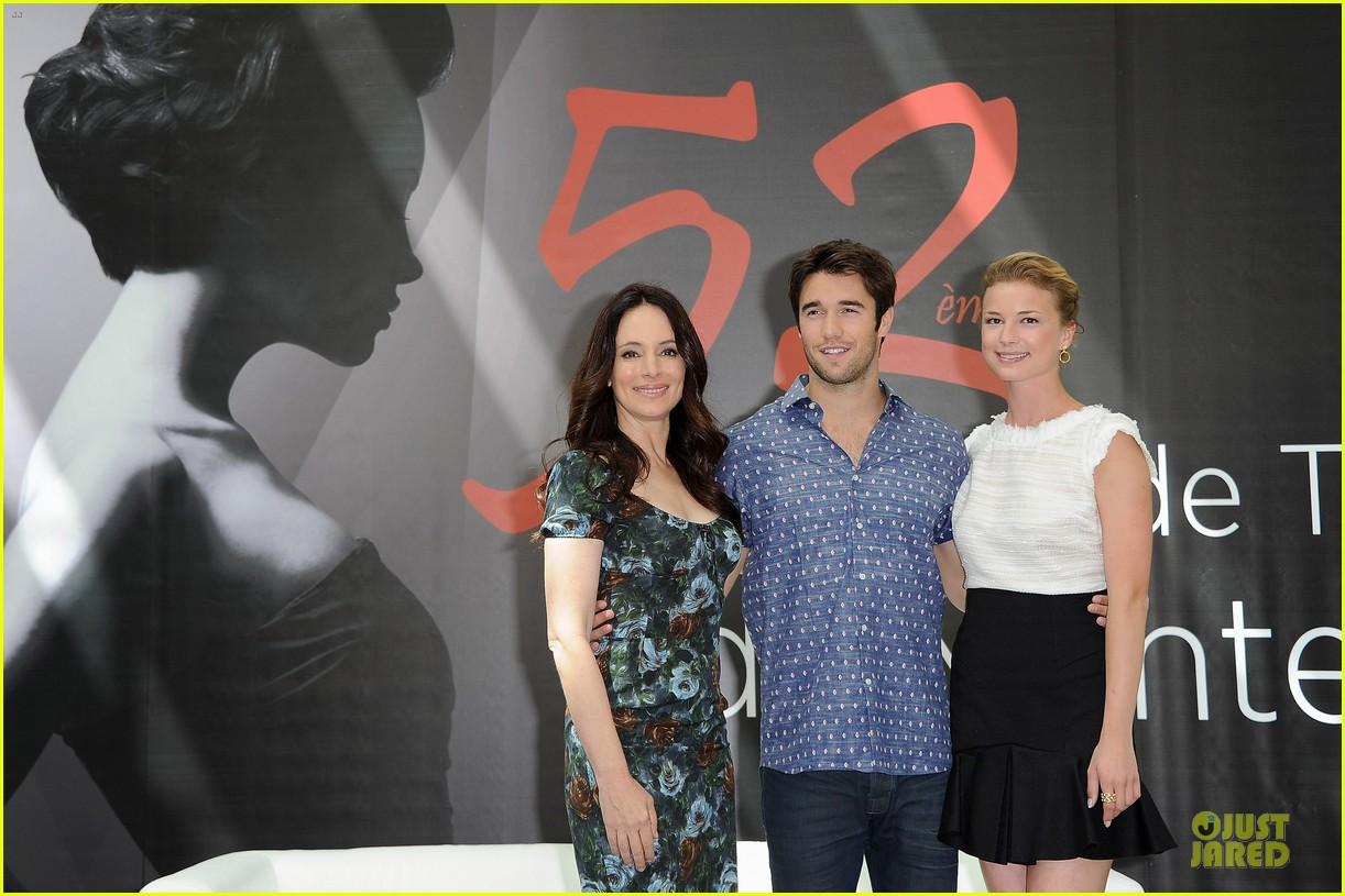 emily vancamp madeleine stowe revenge monte carlo festival 05