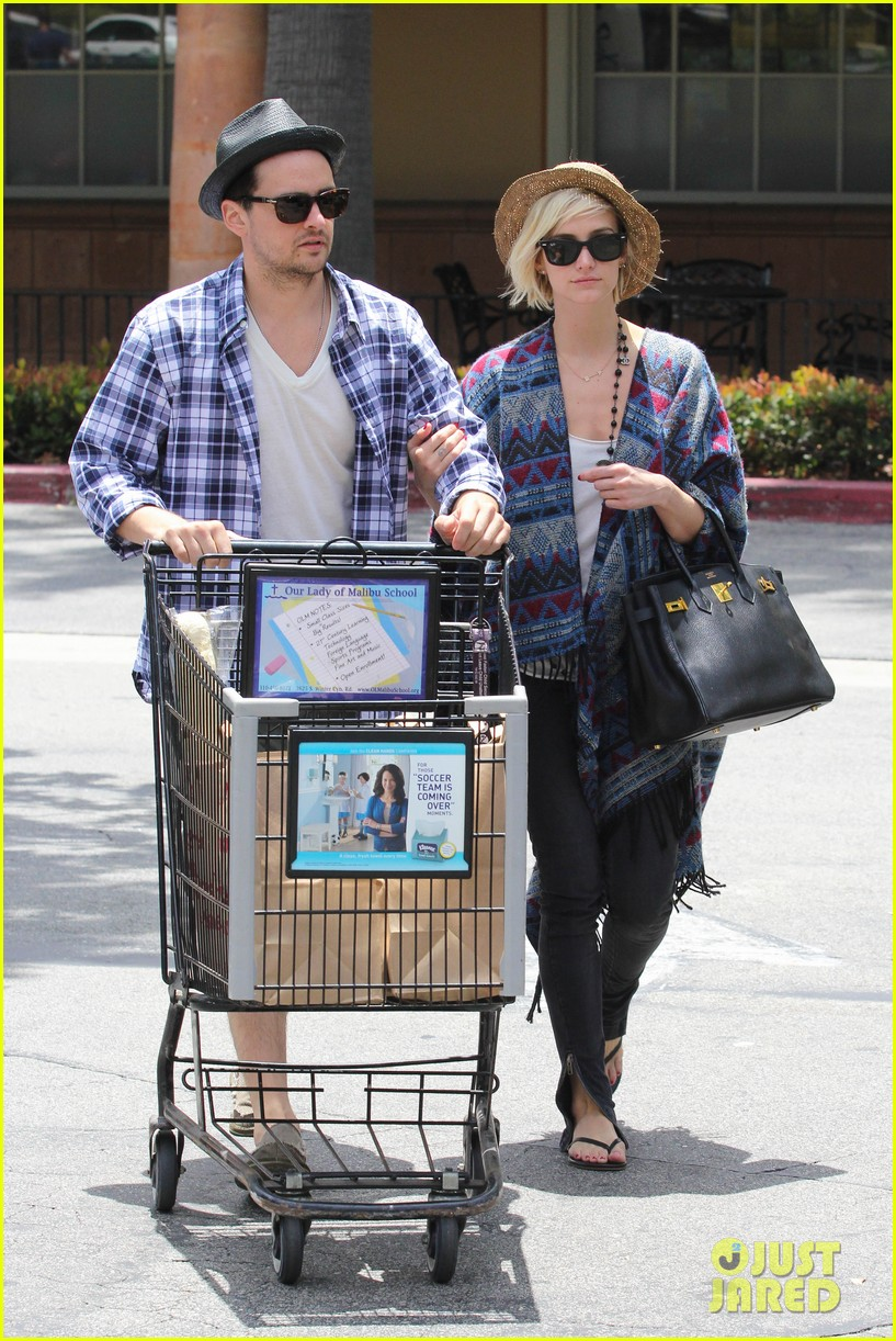 ashlee simpson shopping vincent piazza 08