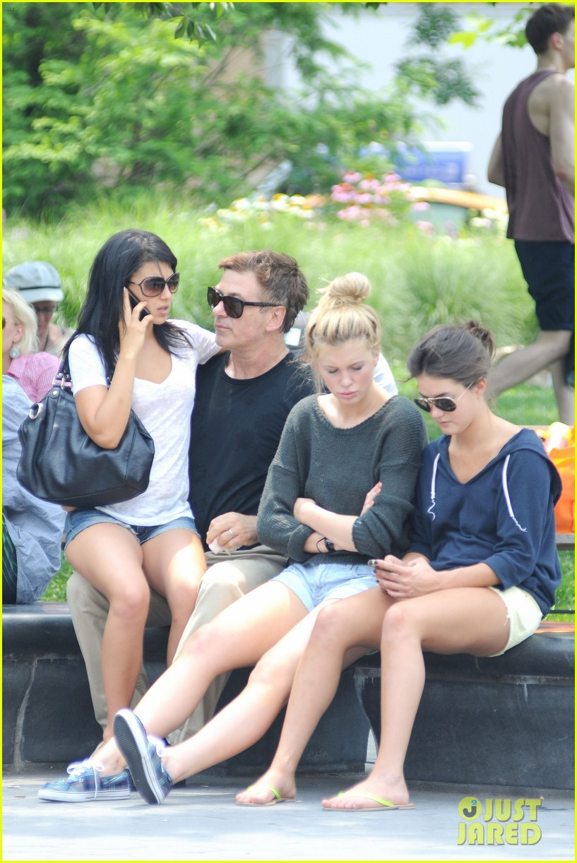 alec baldwin morning after wedding with ireland hilaria 01