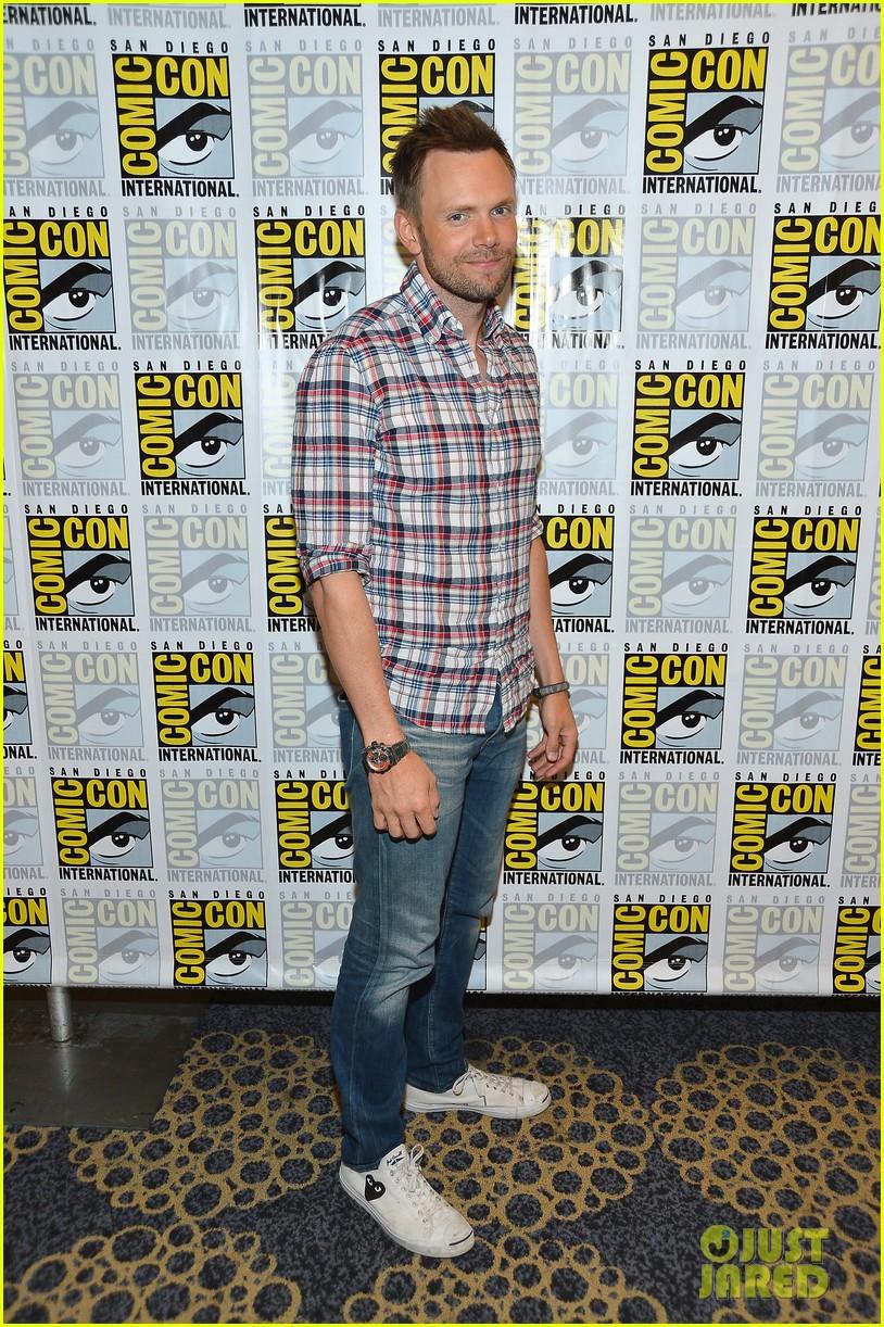 Big Bang Theory' & 'Community' Panels at Comic-Con!