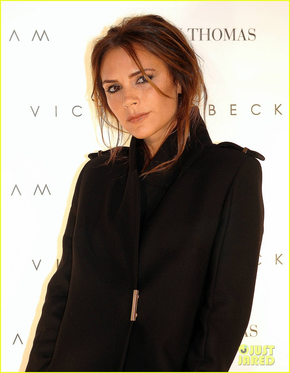 victoria beckham brown thomas presentation 02
