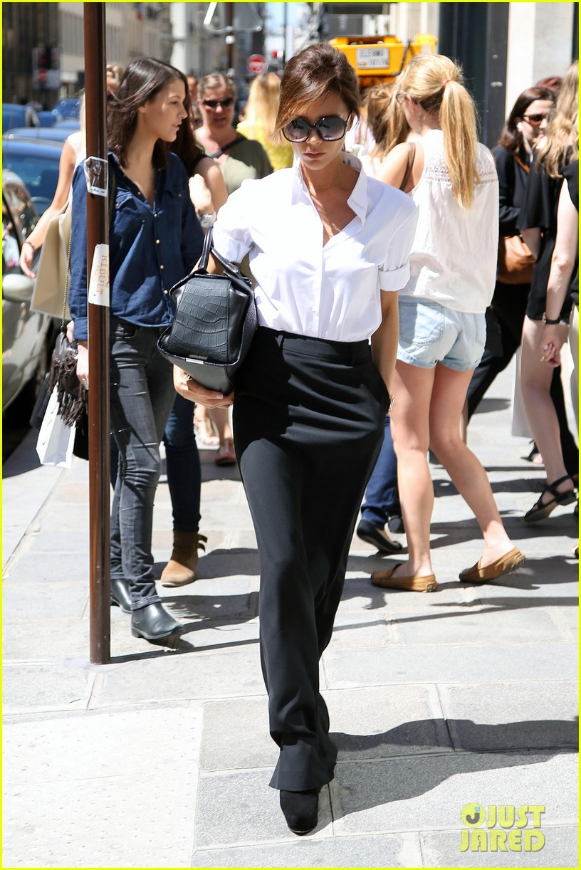 victoria beckham parisian shopping spree with cruz 11