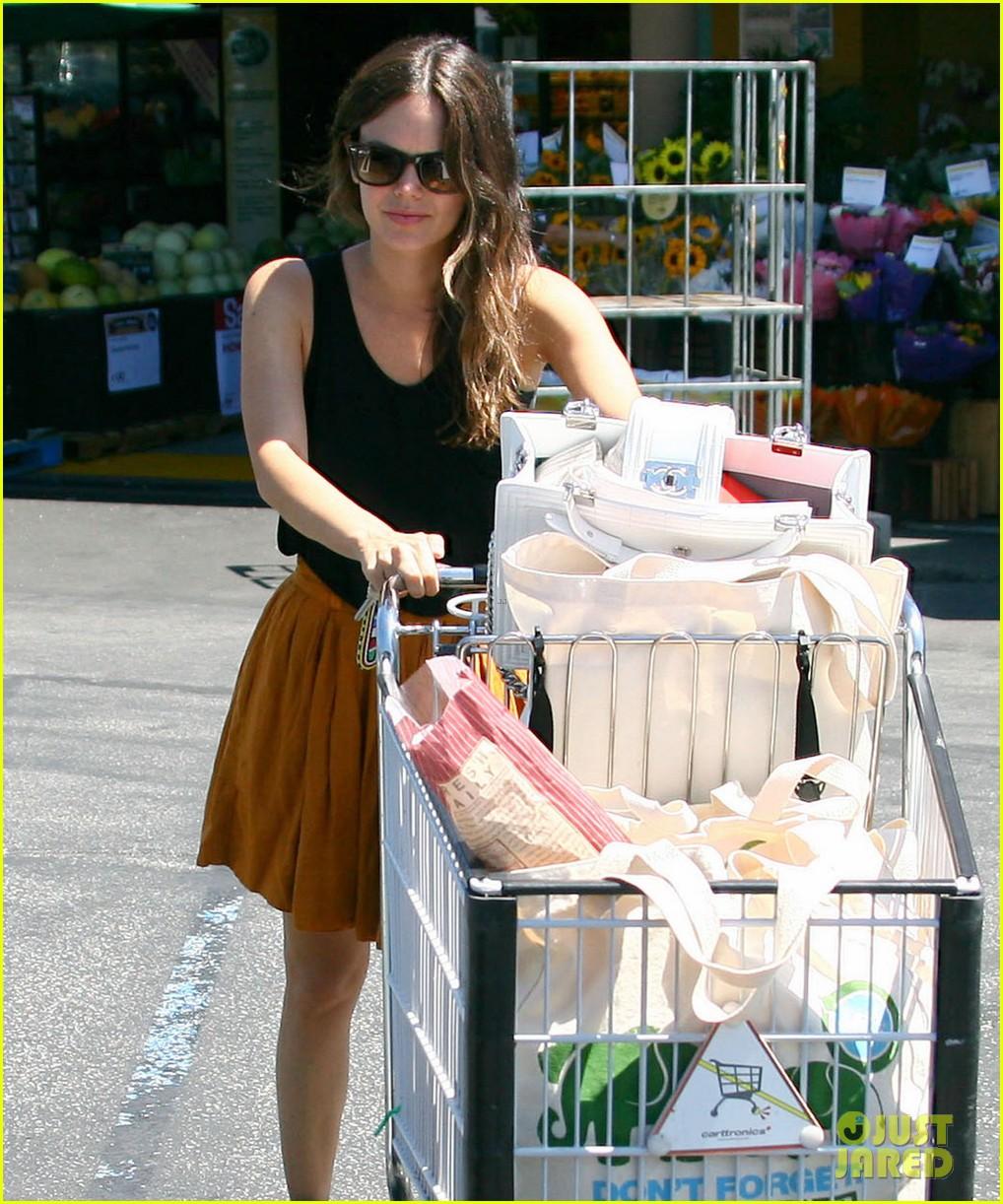 rachel bilson whole foods grocery shopping 042689559