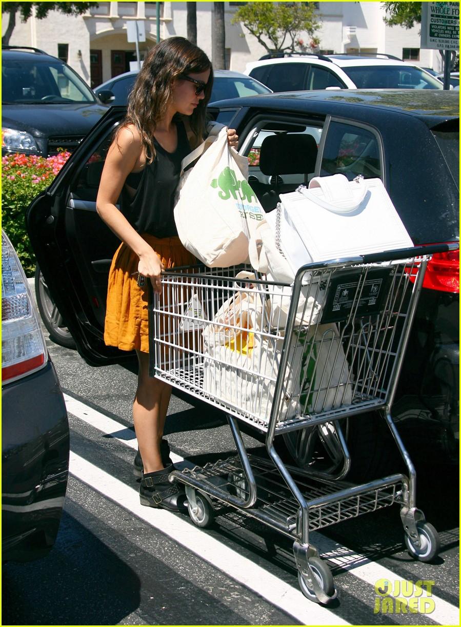 rachel bilson whole foods grocery shopping 082689563