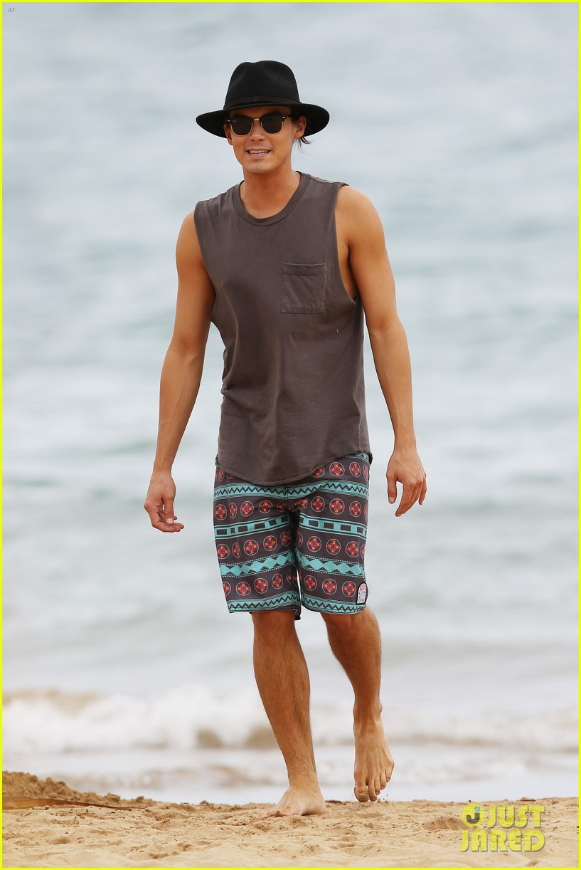 tyler blackburn hammock hottie pretty little liars 052695010