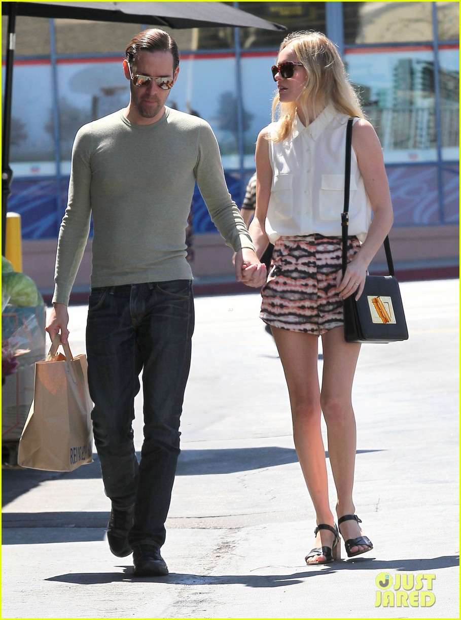 kate bosworth michael polish bristol farms shoppers 06