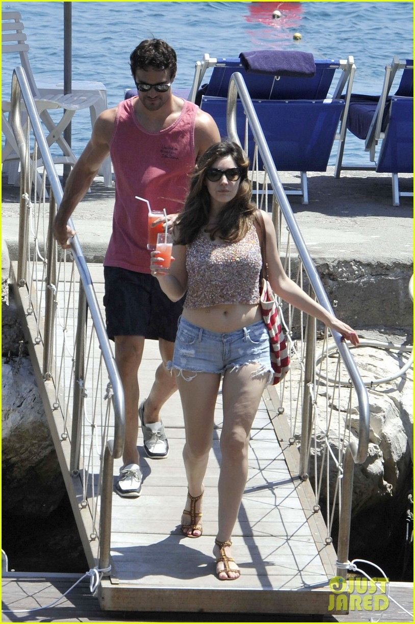 bikini clad kelly brook kisses shirtless thom evans in ischia 17
