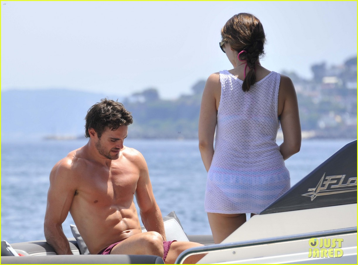 kelly brook thom evans ischia boat ride 17