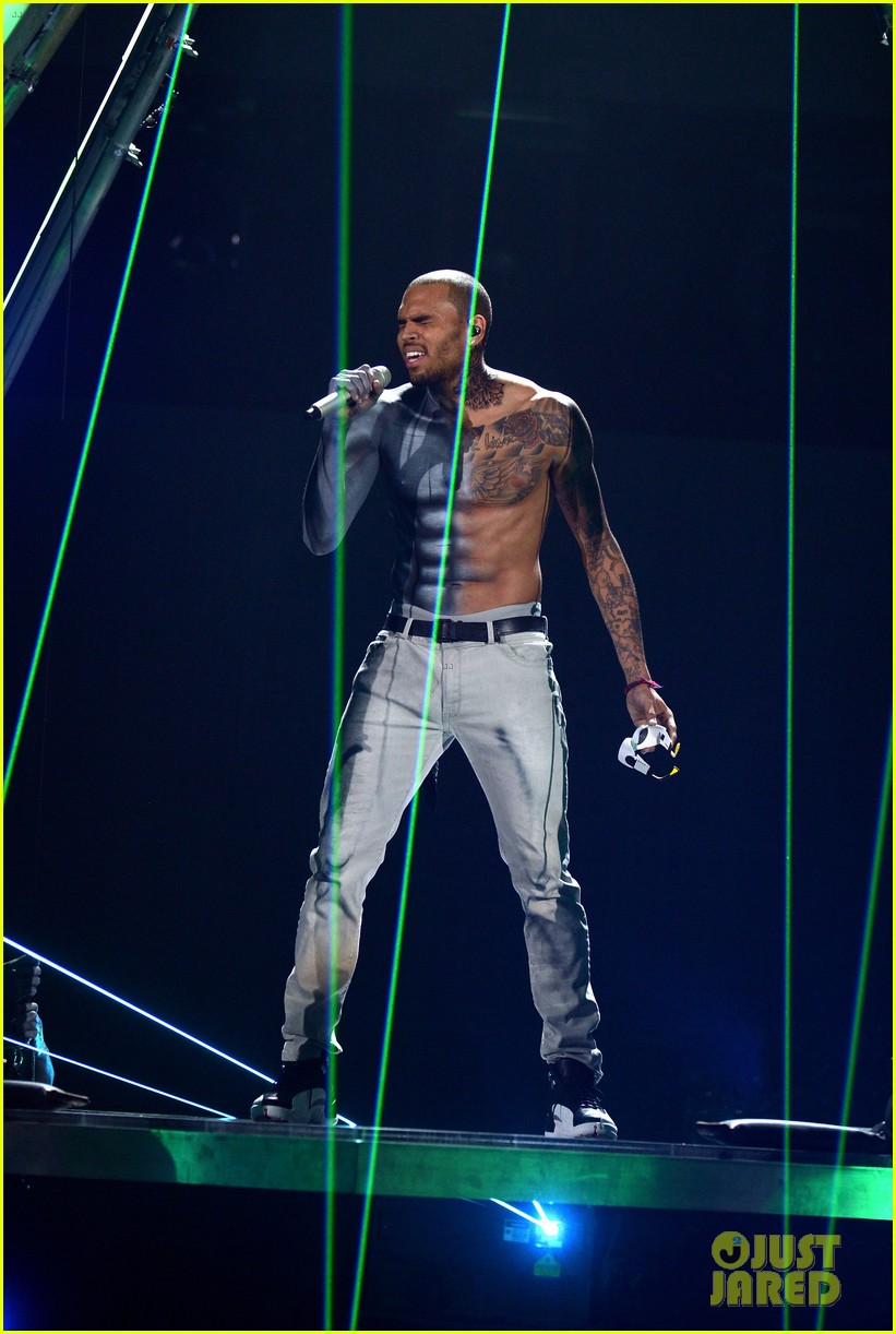 chris brown shirtless for bet awards performance 25