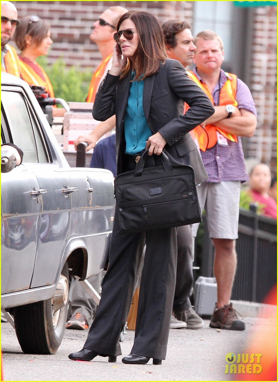 sandra bullock the heat set with melissa mccarthy 08