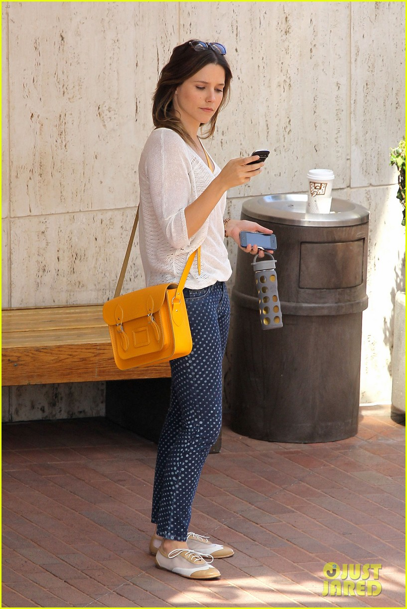sophia bush neiman marcus shopper 032692614