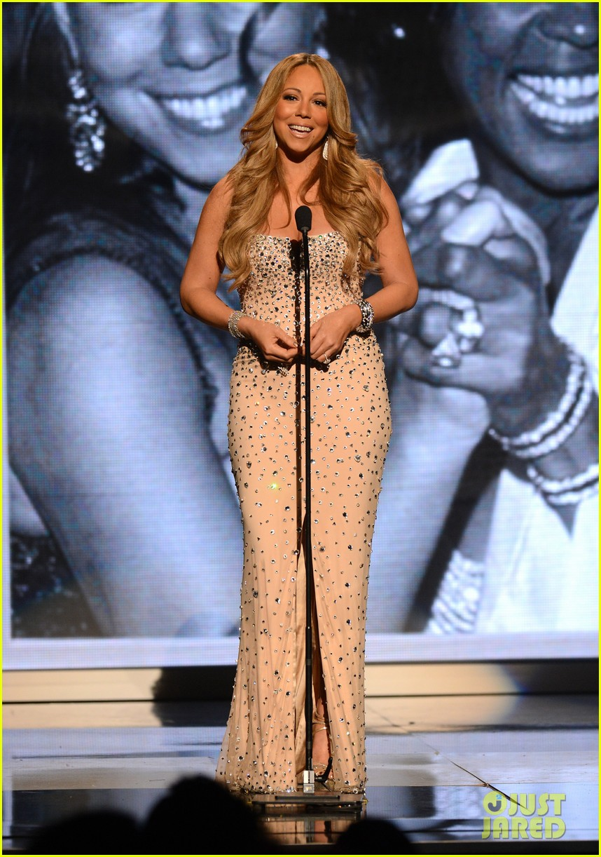 mariah carey whitney houston tribute at bet awards 022681841