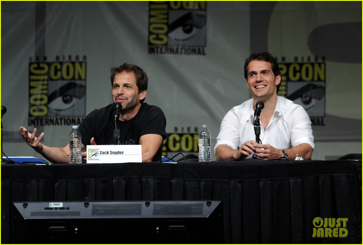 henry cavill man of steel panel at comic con 02