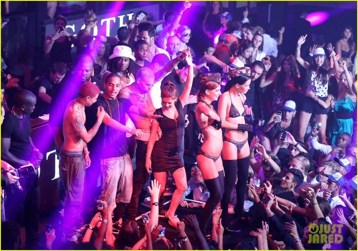 Full Sized Photo of chris brown shirtless gotha club cannes 38 | Photo ... Paris Hilton