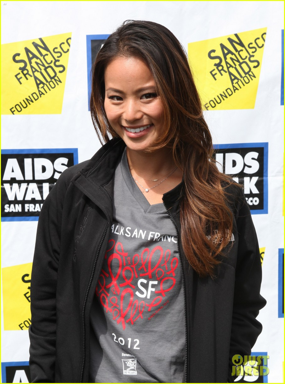 jamie chung harry shum jr aids walk san francisco 02