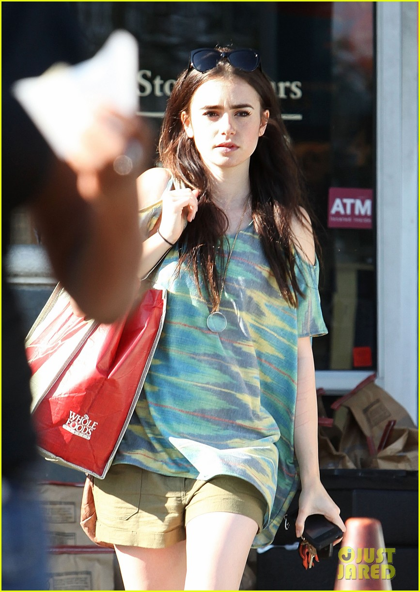 lily collins lena headey joins mortal instruments 09