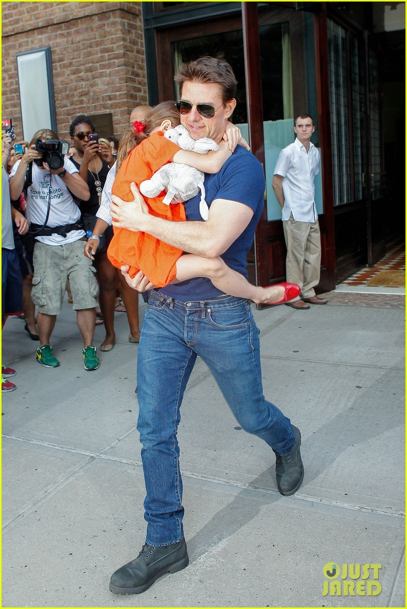 tom cruise suri daddy daughter day 092688859