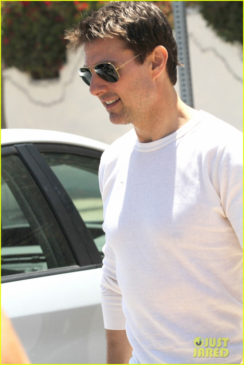 tom cruise taverna tony lunch with a pal 042693503