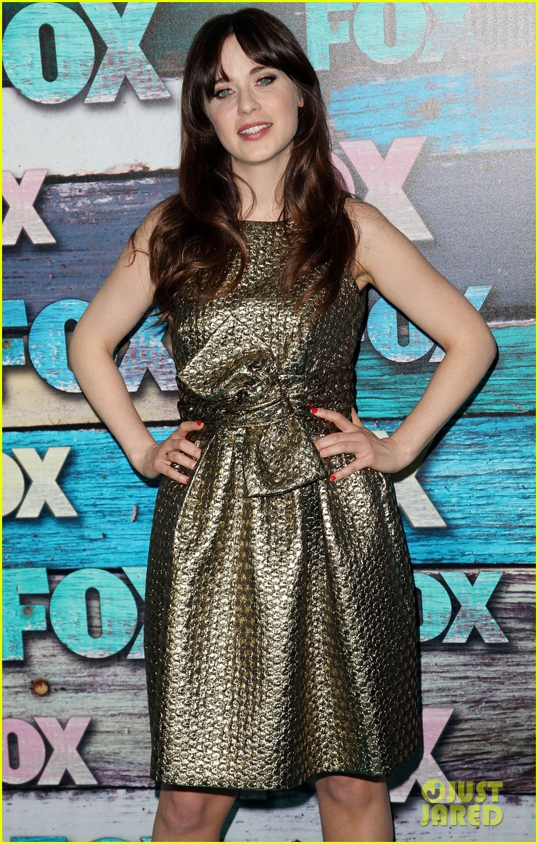 zooey deschanel mindy kaling fox all star party 162691294