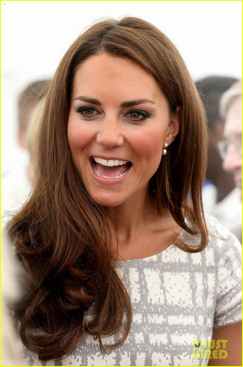 duchess kate middleton ping pong 012692302
