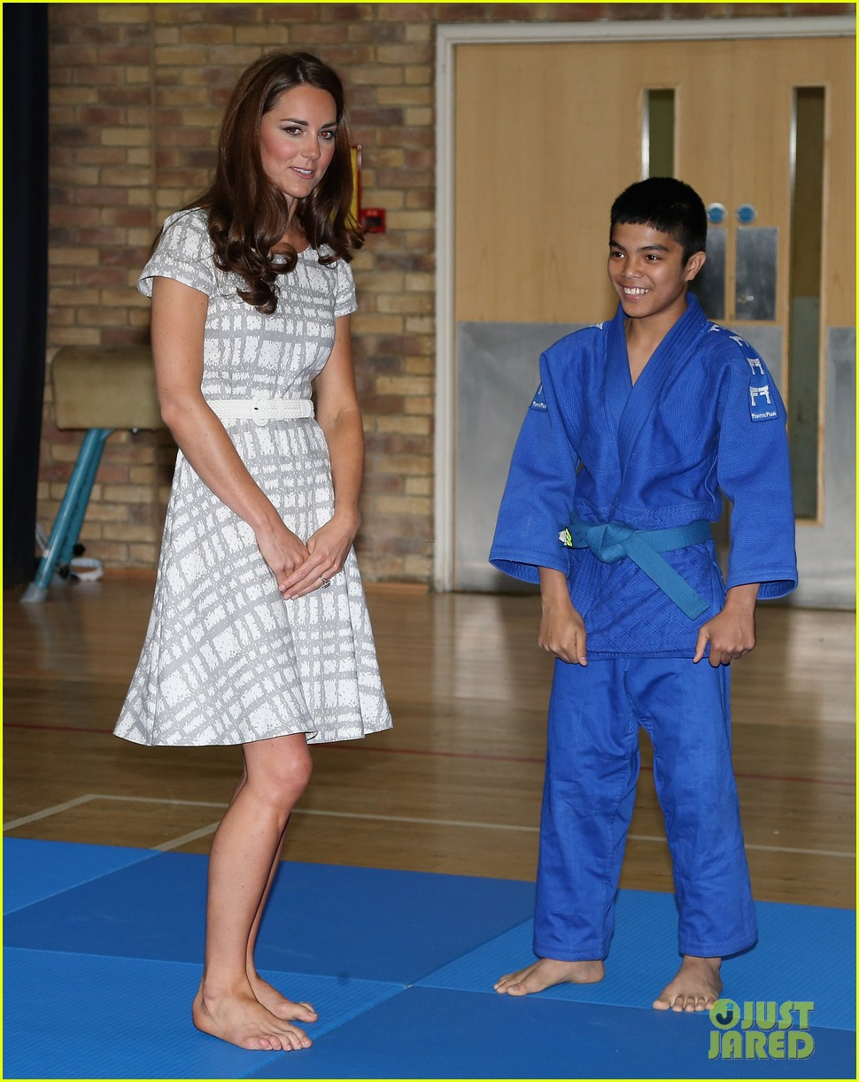 duchess kate middleton ping pong 10