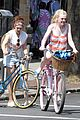 dakota fanning elizabeth olsen big apple bicycles 16