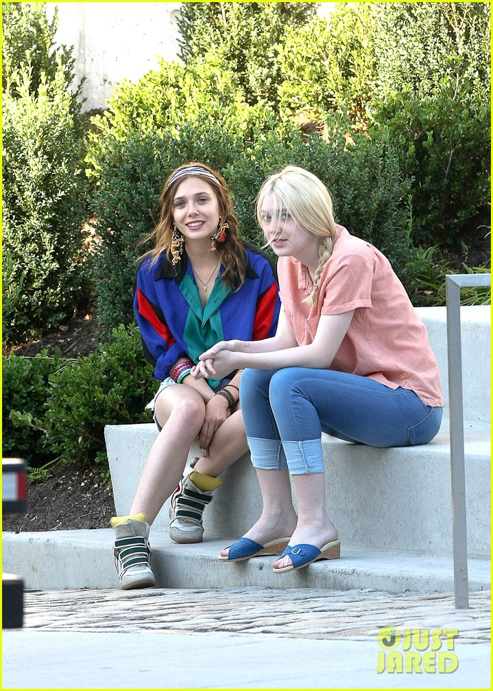 dakota fanning elizabeth olsen very good girls 07