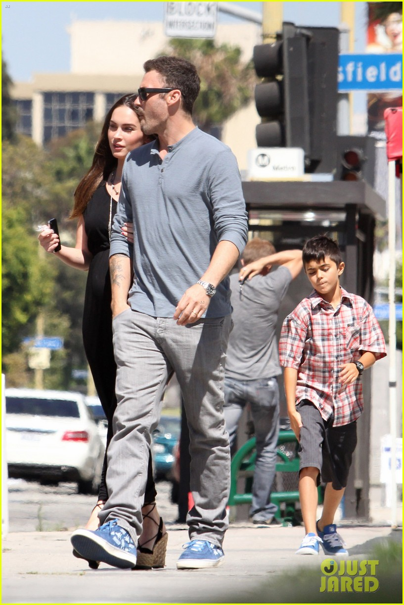 megan fox sunday mass baby bump 10