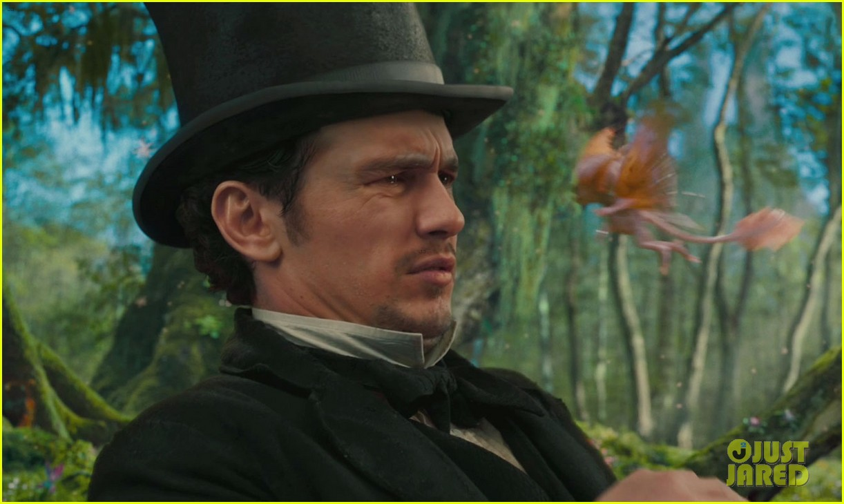 oz the great and powerful trailer stills 02