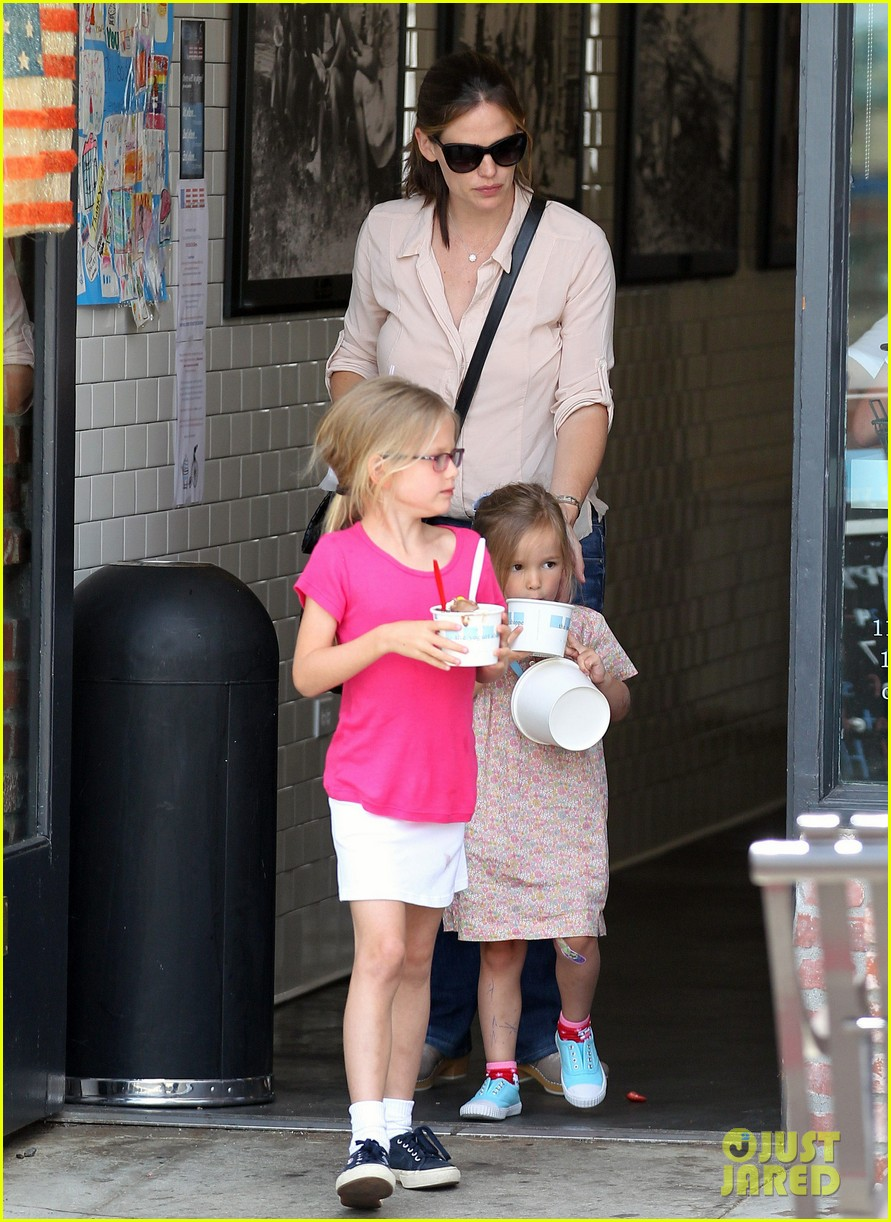 jennifer garner girls day out 12
