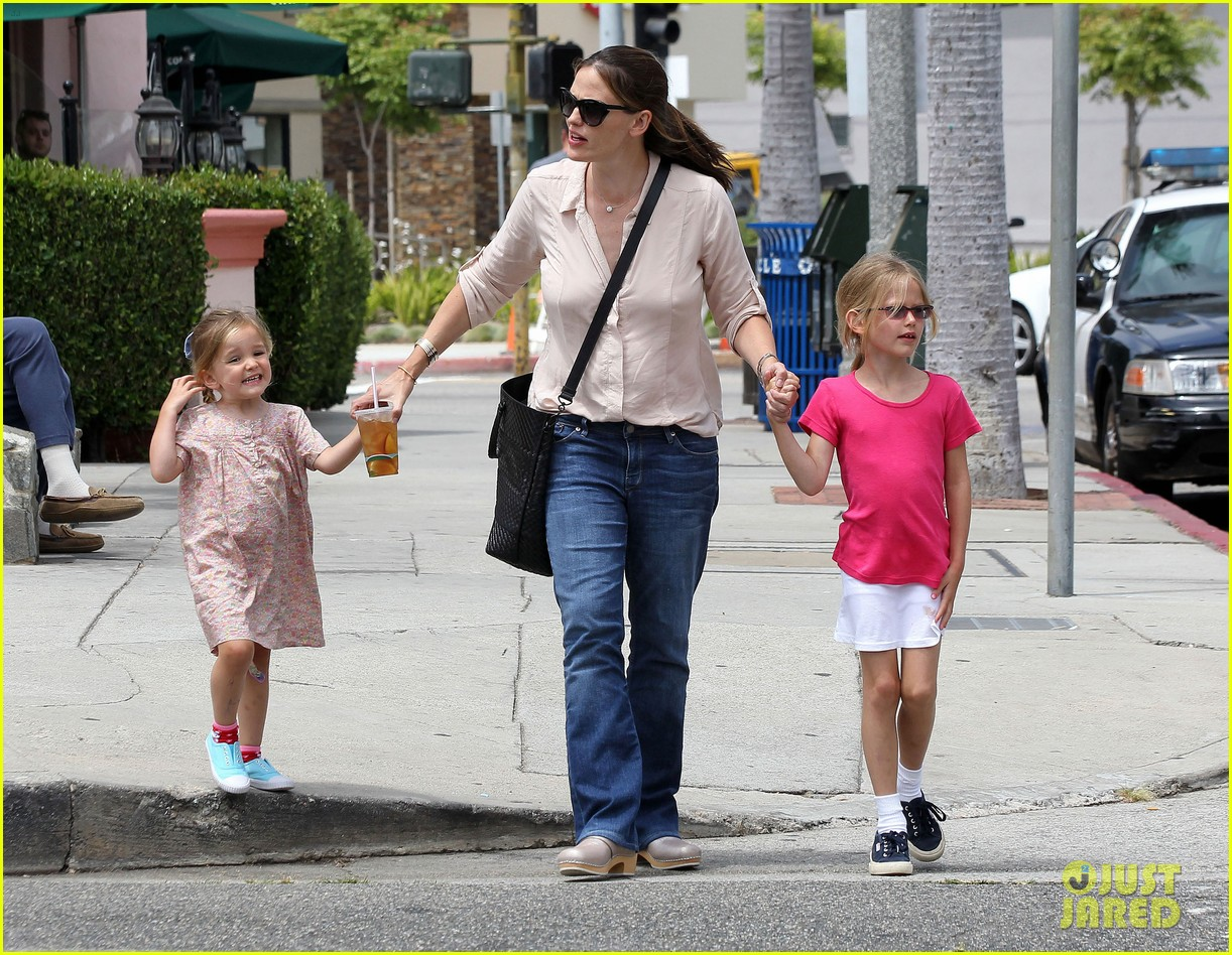 jennifer garner girls day out 19