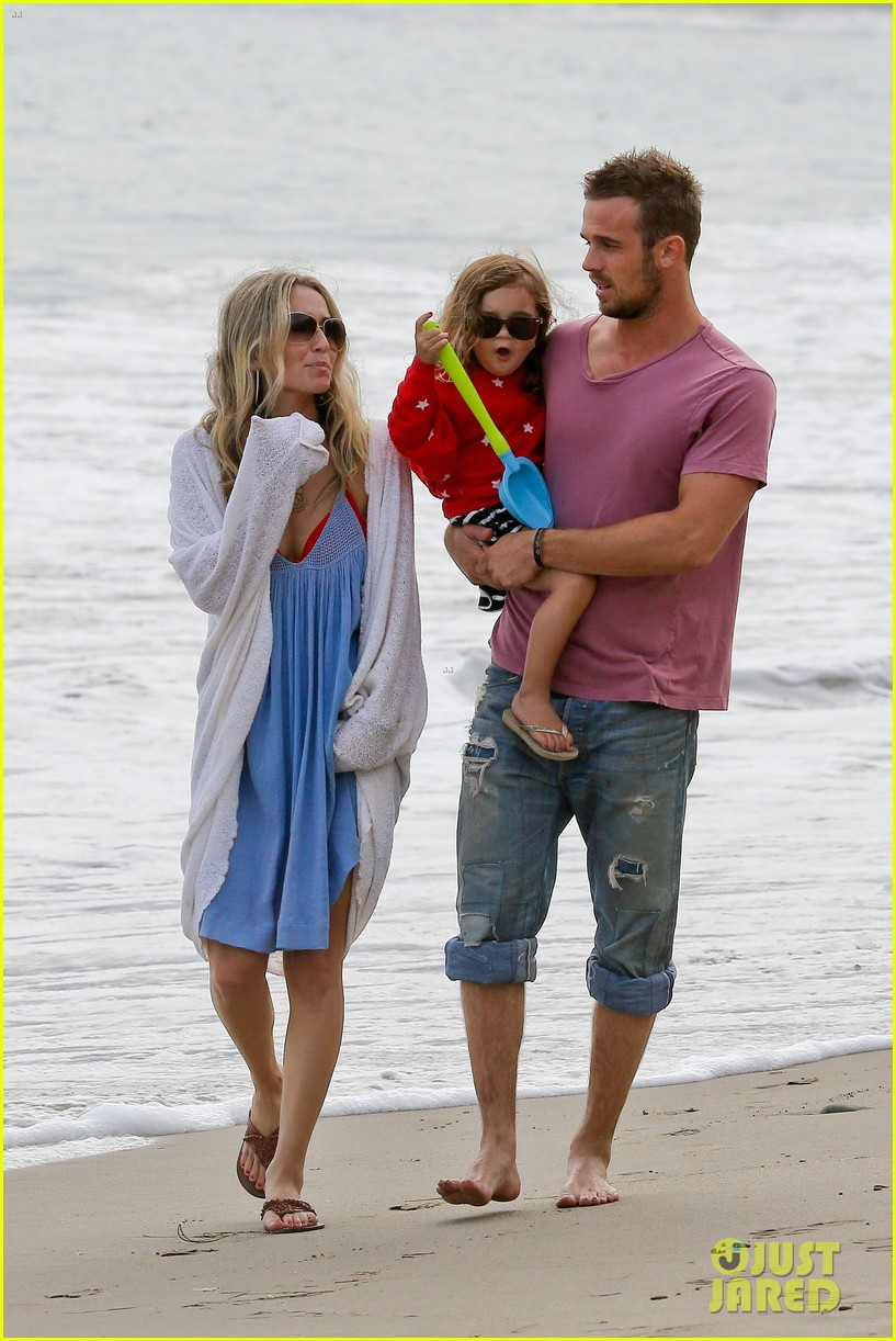 cam gigandet dominique geisendorff july 4 beach everleigh 08