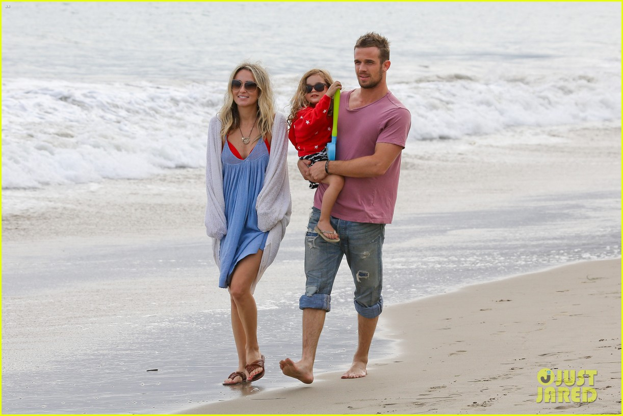 cam gigandet dominique geisendorff july 4 beach everleigh 11
