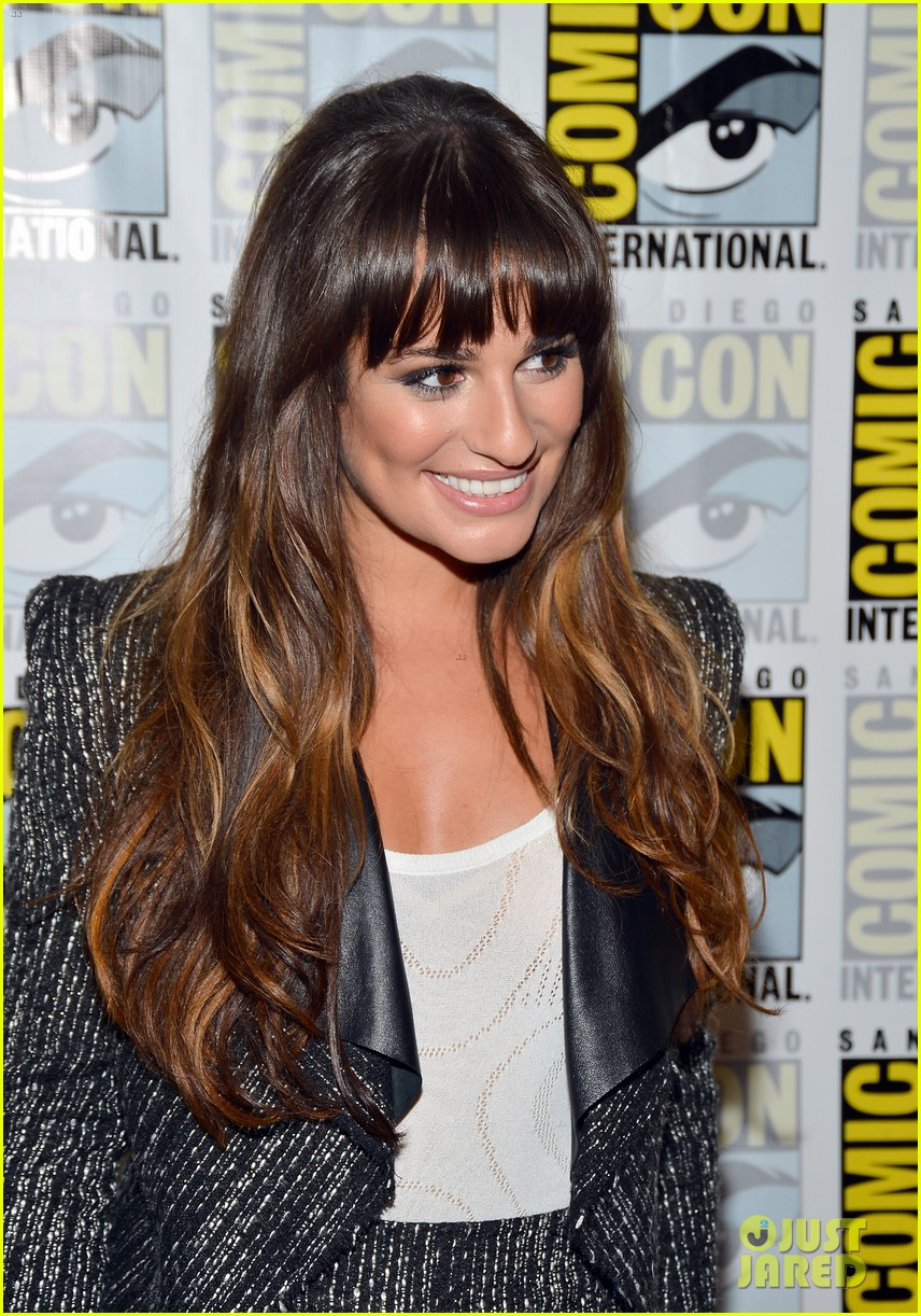 lea michele glee cast hits comic con 2012 22