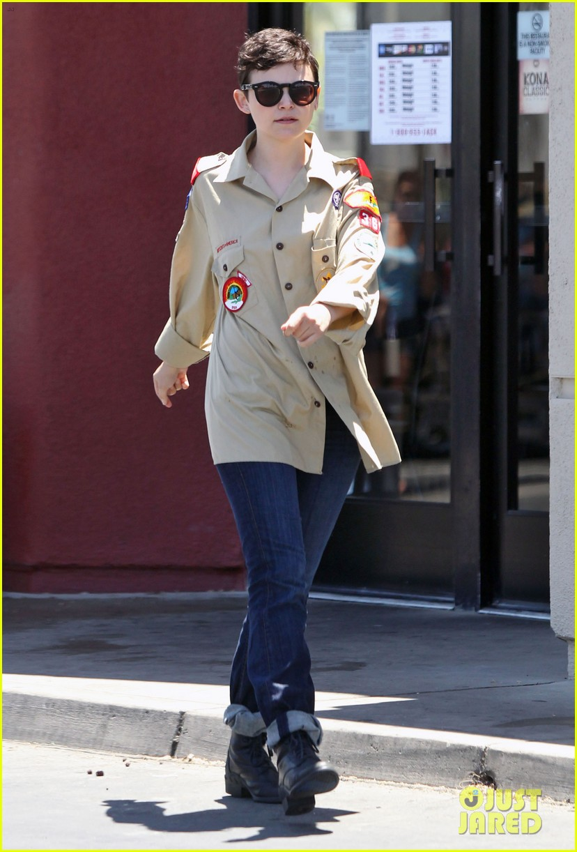 ginnifer goodwin josh dallas jack in the box 082683860