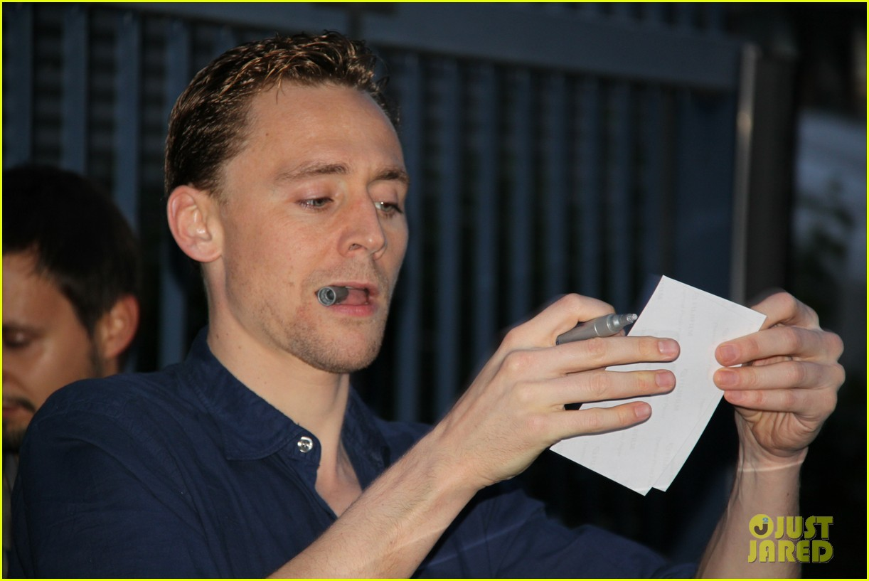 tom hiddleston family guy voiceover role 12