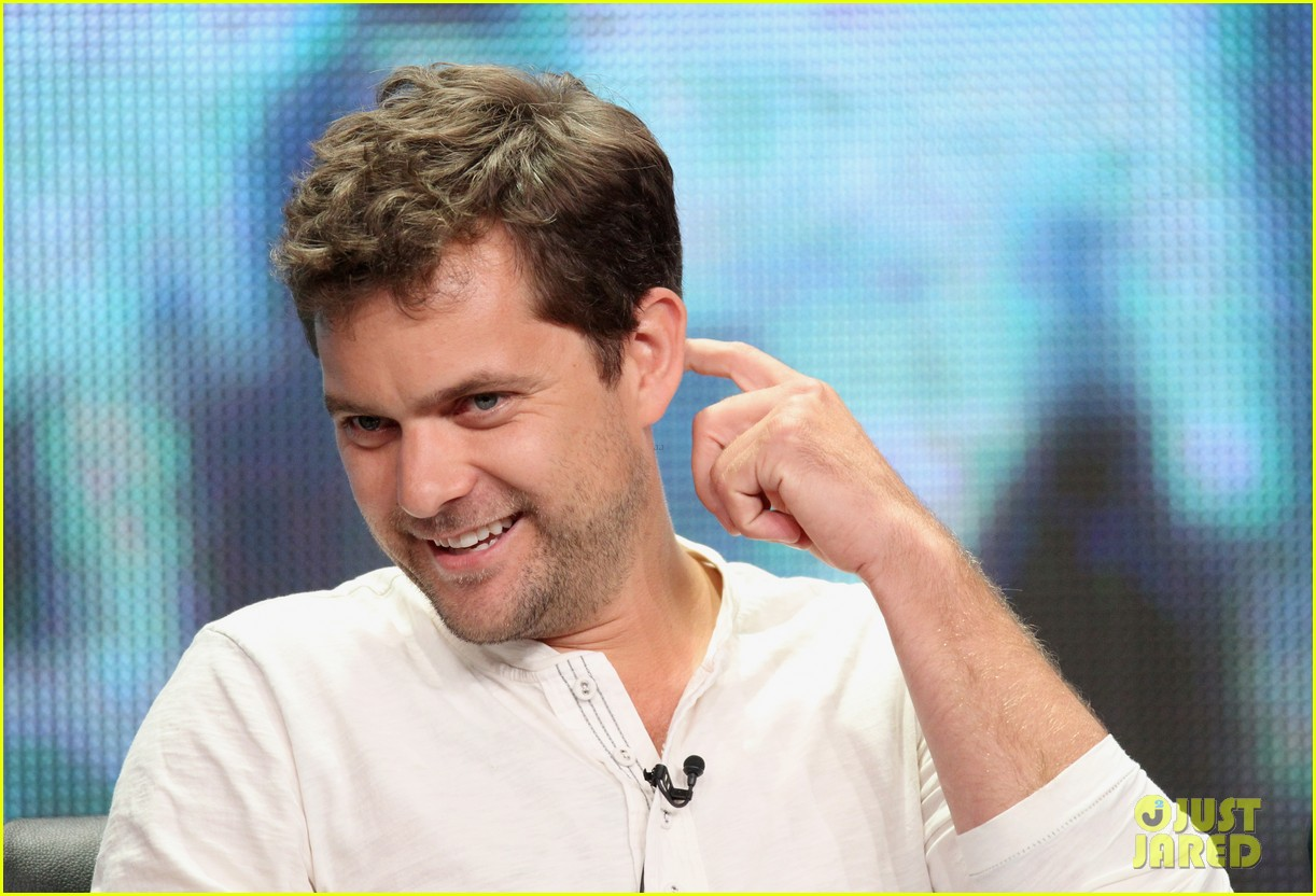 joshua jackson 2012 tca tour 06