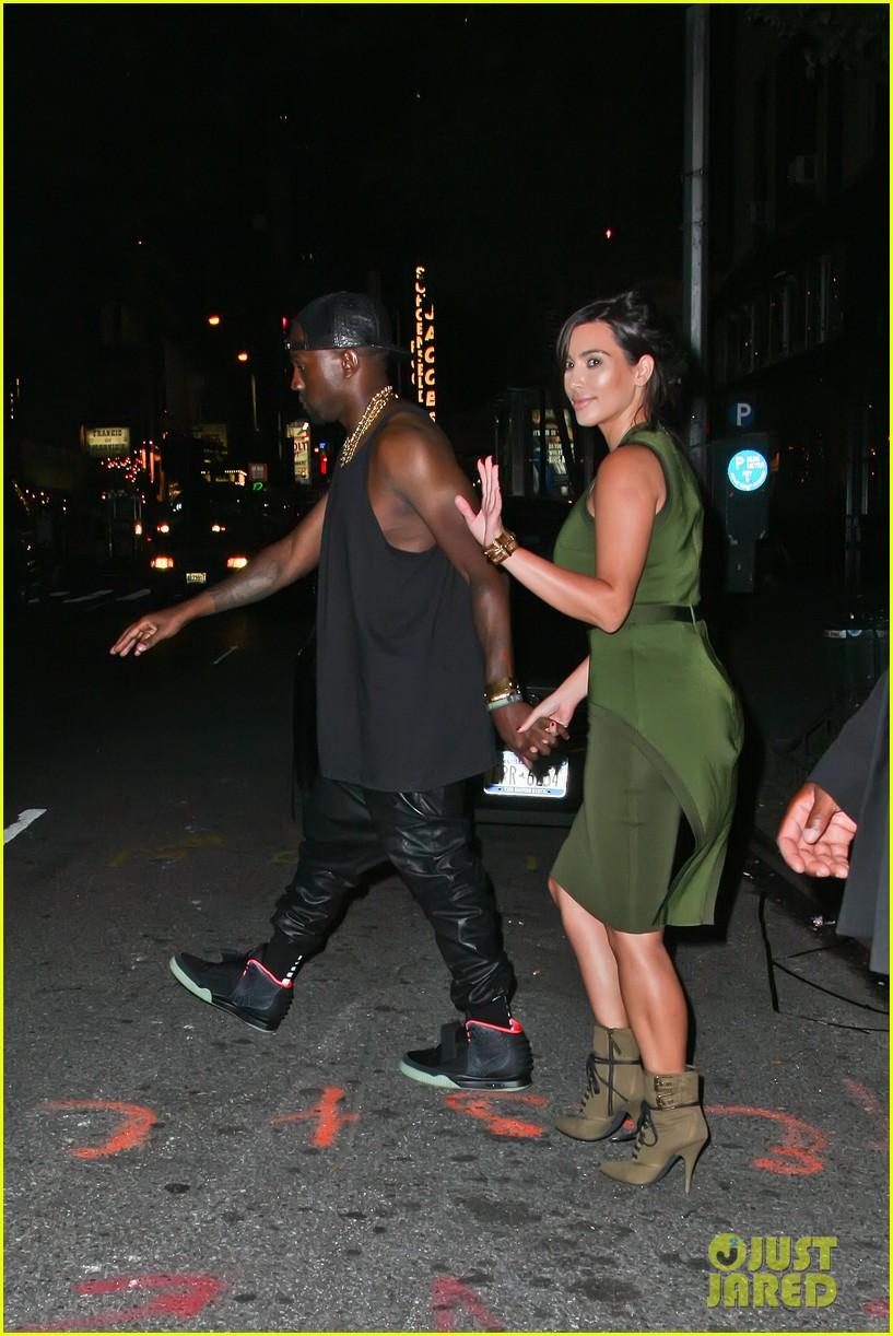 kim kardashian kanye west dating 2012 Kim kardashian shared a sweet new photo from her wedding with kanye west to celebrate their anniversary.