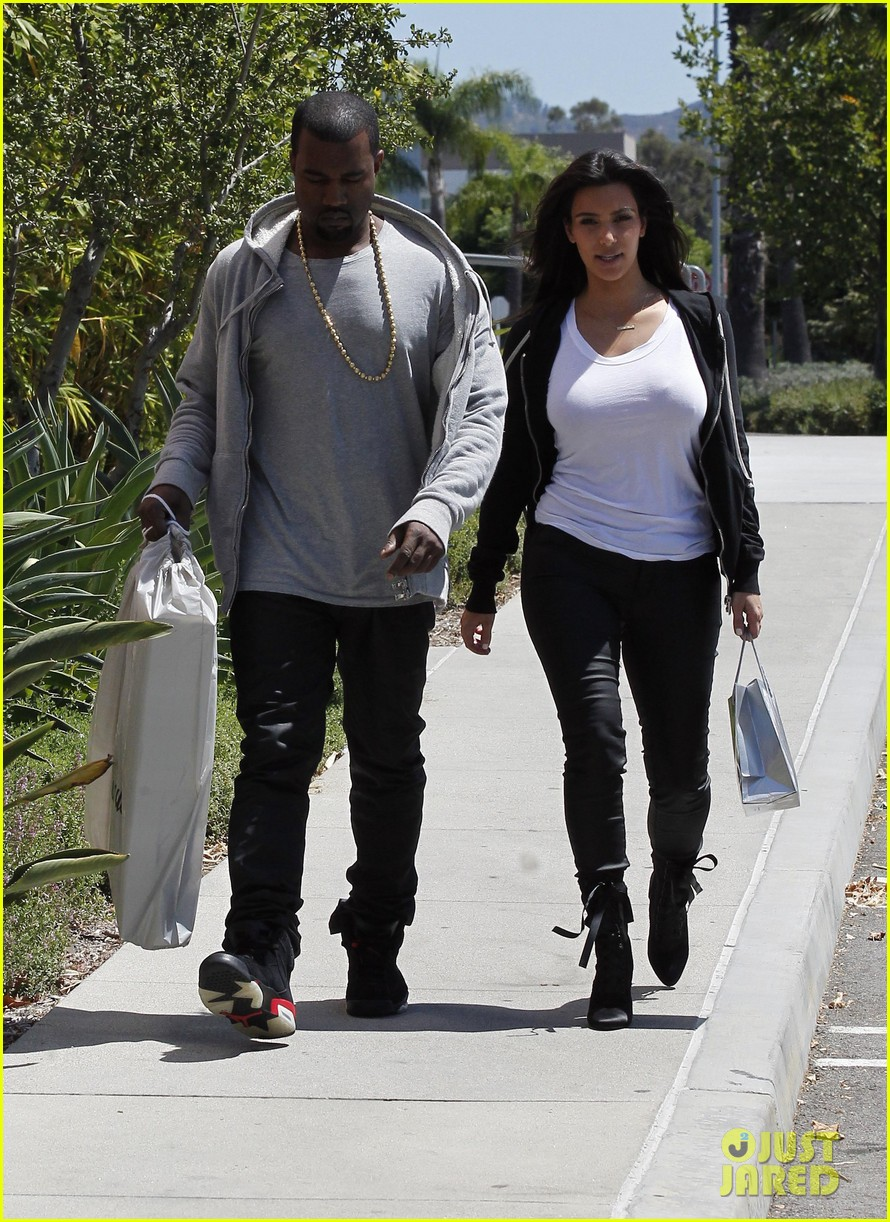 kim kardashian kanye west shop after penelopes birth 15