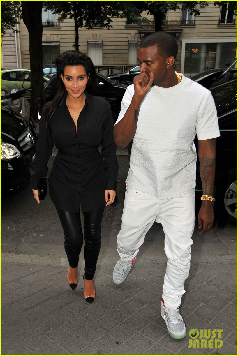 kim kardashian kanye west back in paris 02