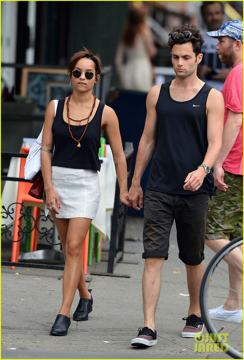 zoe kravitz penn badgley east village lovers 04