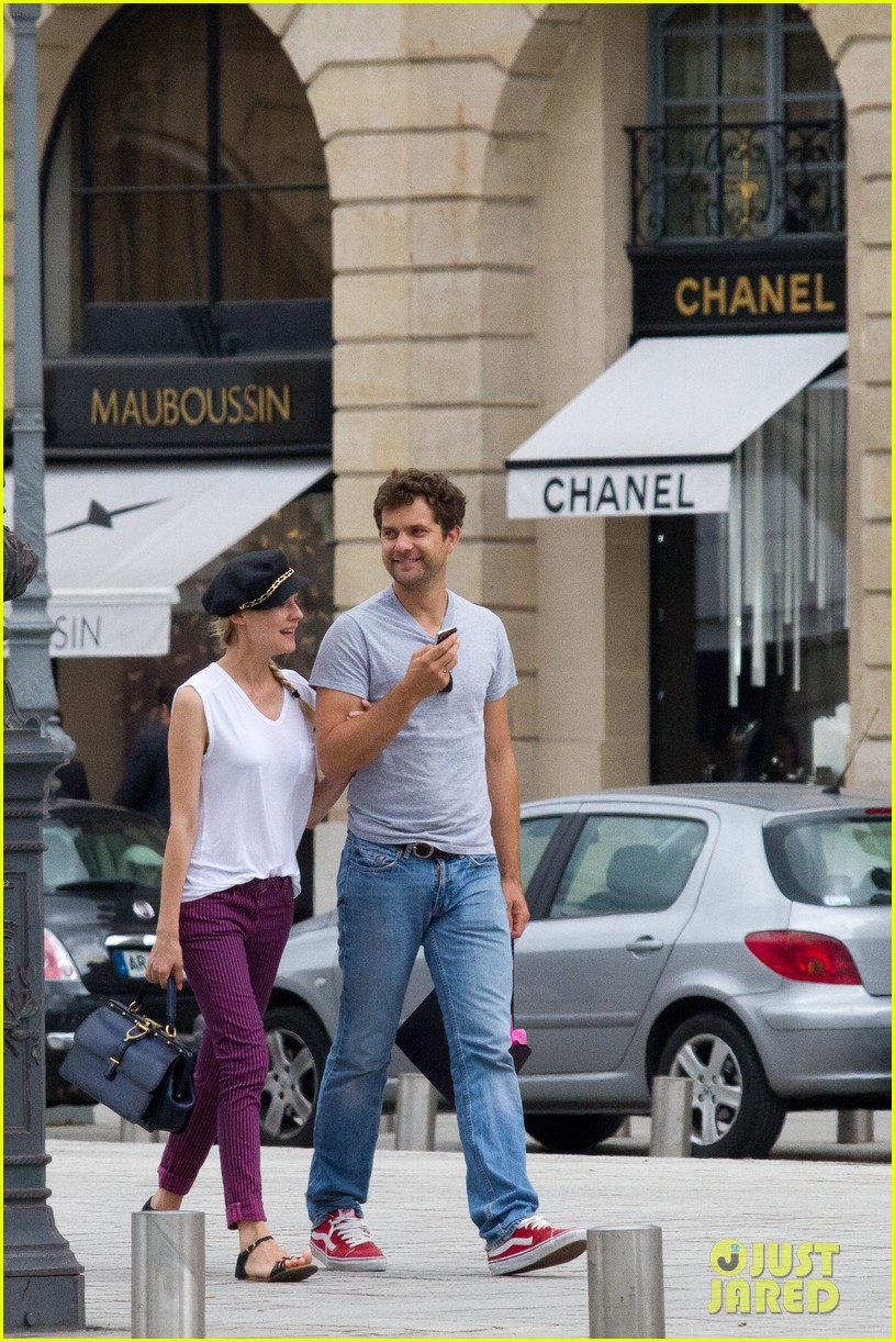 diane kruger joshua jackson carnival couple in paris 01