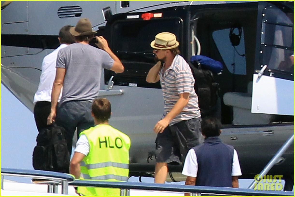 leonardo dicaprio helicopter friends yacht 032690527