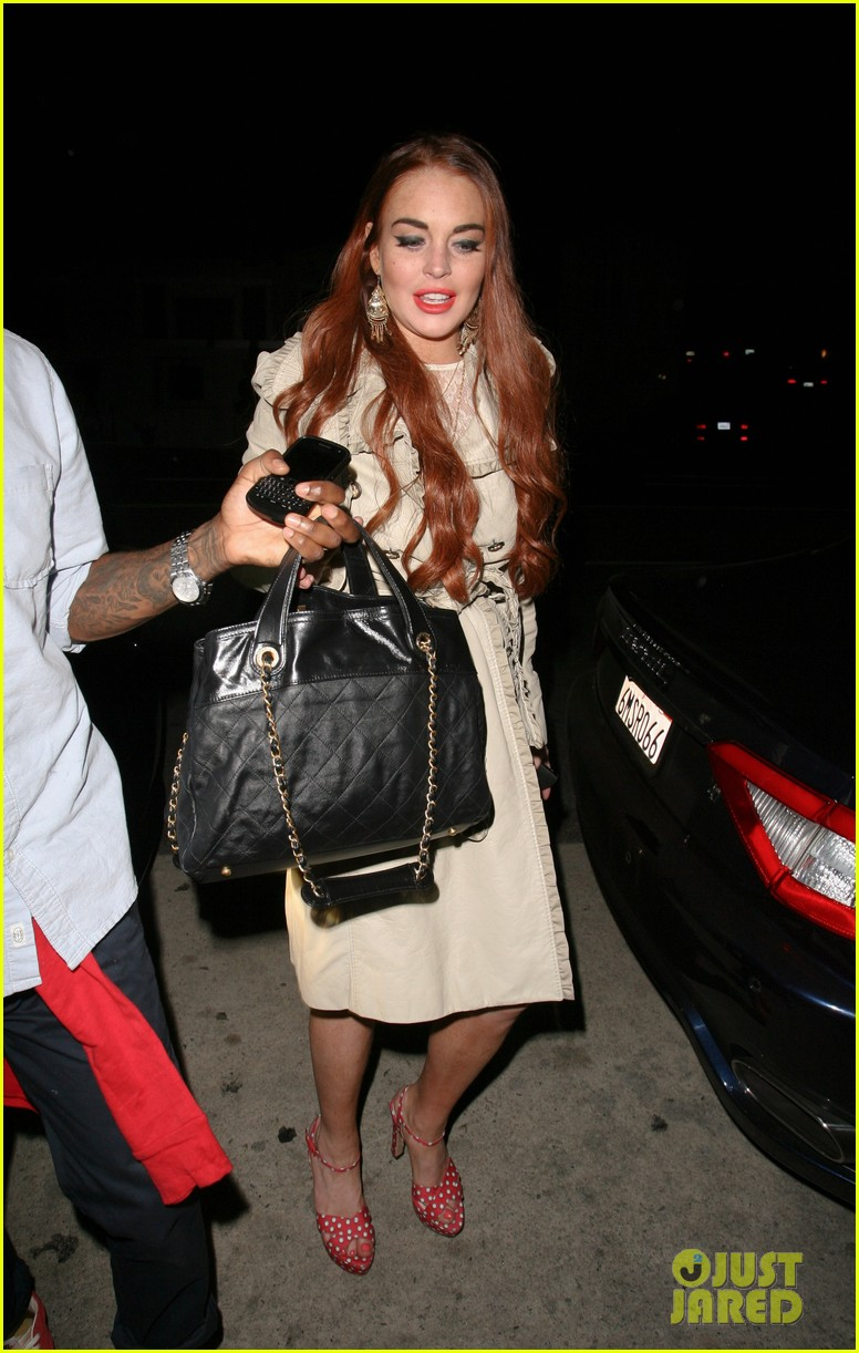lindsay lohan shore bar fourth 02