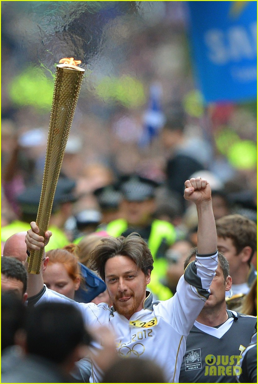 james mcavoy runs with the olympic torch 01