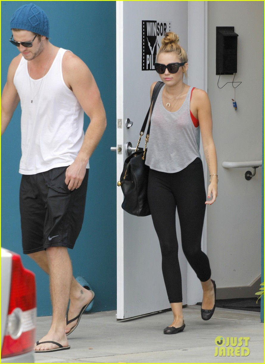 miley liam pilates together 03