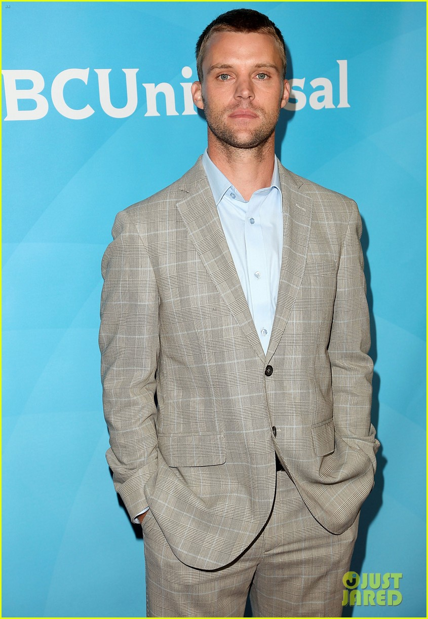 jesse spencer taylor kinney nbc universal press tour 13
