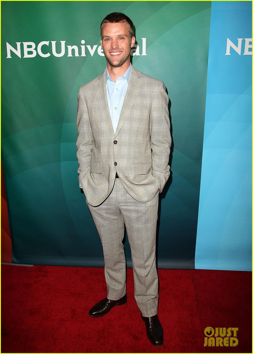 jesse spencer taylor kinney nbc universal press tour 16